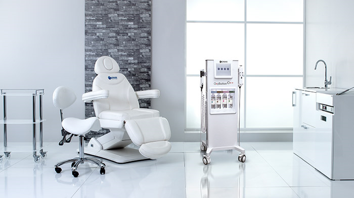 CROSS OXYBUTTON HYDRA FACIAL